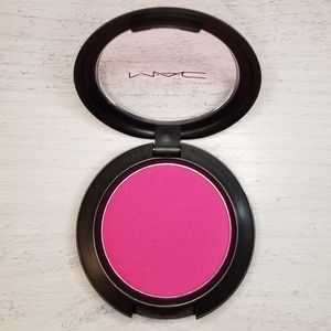 BNIB MAC Her Blooming Cheek Blush